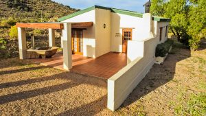 Steenbok Self Catering Accommodation Hot Tubs Klein Karoo Ladismith